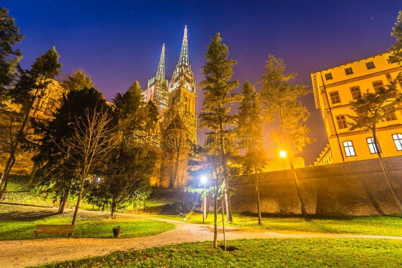 夜风景在公园Ribnjak,克罗地亚萨格勒布 图库摄影