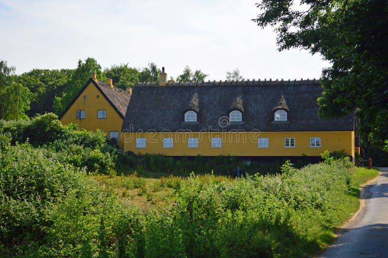 大农舍在乡下在北部西兰,丹麦 库存照片
