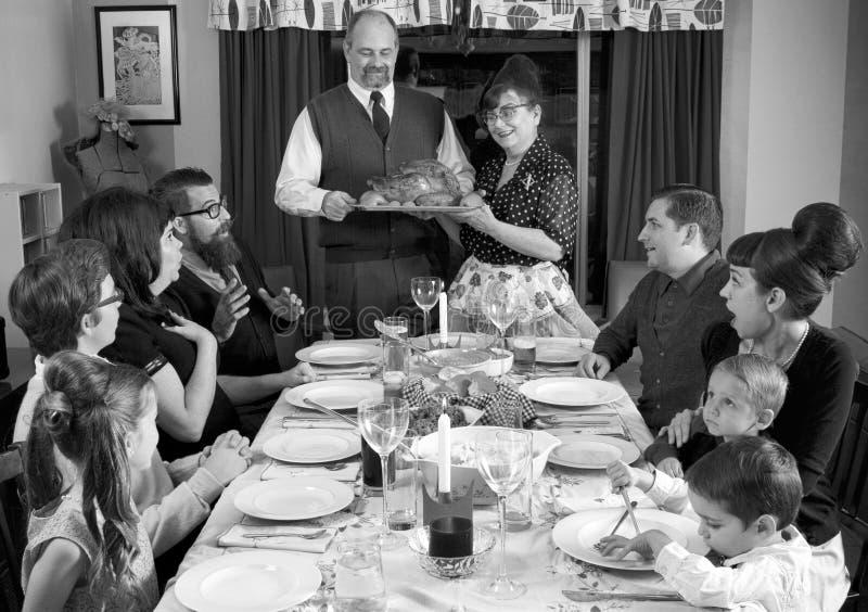 大减速火箭的家庭感恩晚餐土耳其 免版税库存照片