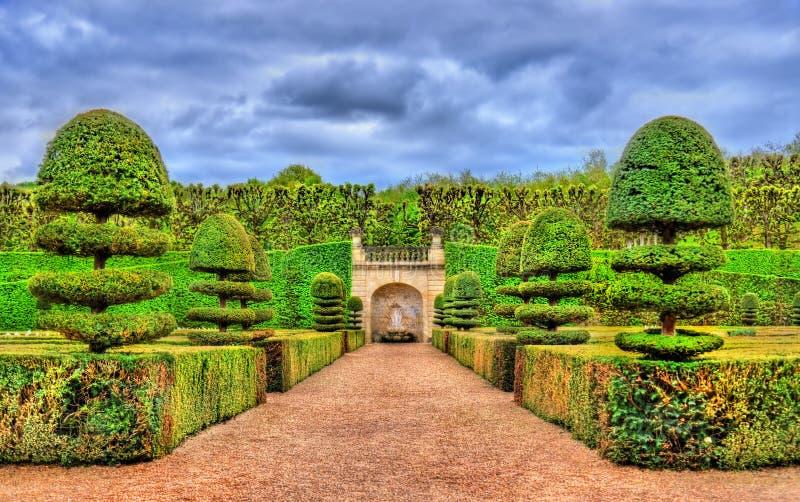 大别墅de科隆比耶尔-卢瓦尔河流域,法国的庭院 库存照片