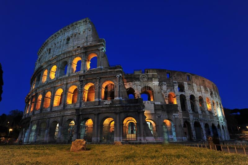 大剧场魔术晚上罗马 免版税库存照片