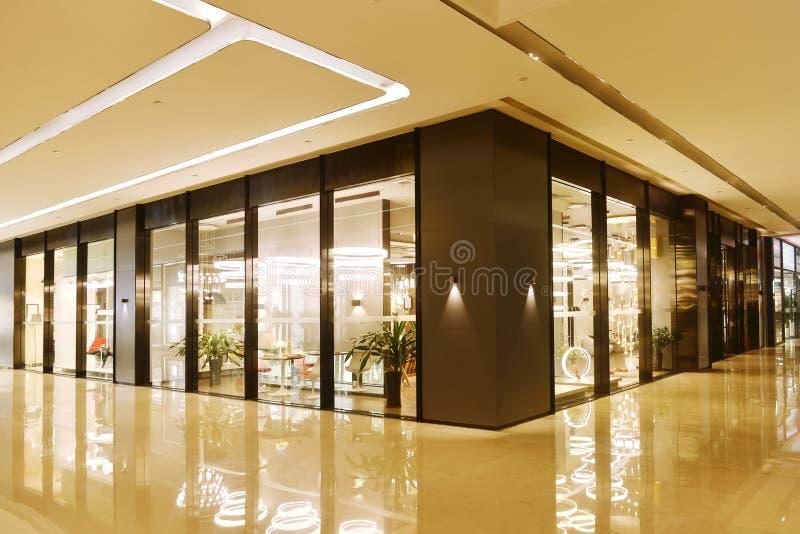 大厅和商店商业大厦的 免版税库存照片