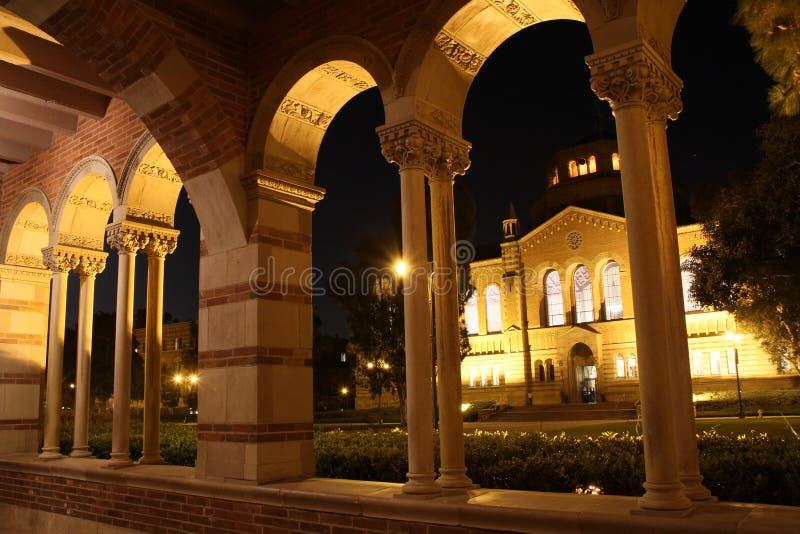 大厅图书馆powell royce加州大学洛杉矶分校 免版税图库摄影