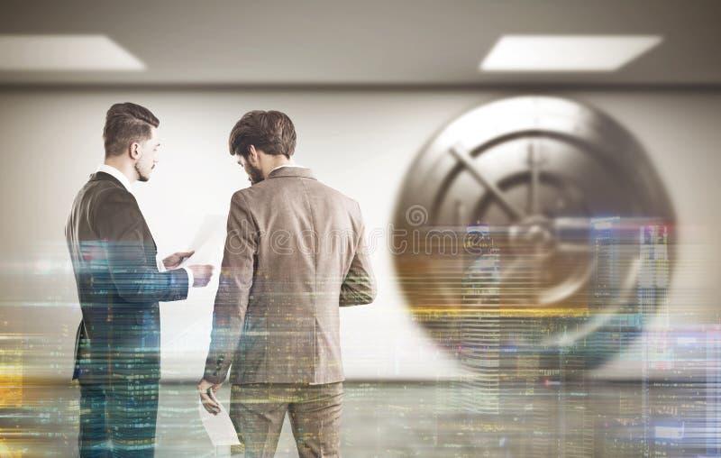 大厅的两名银行雇员 库存照片