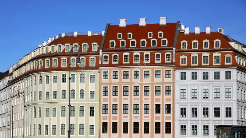 大厦五颜六色的德累斯顿neumarkt正方形 库存照片