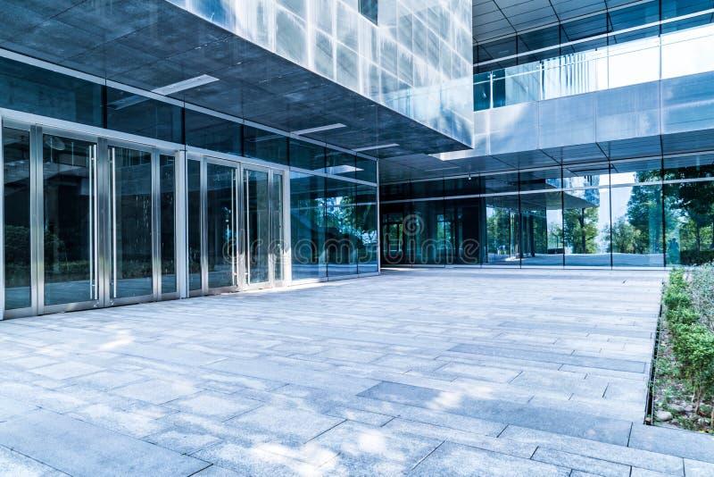 大厦入口现代办公室 免版税库存照片