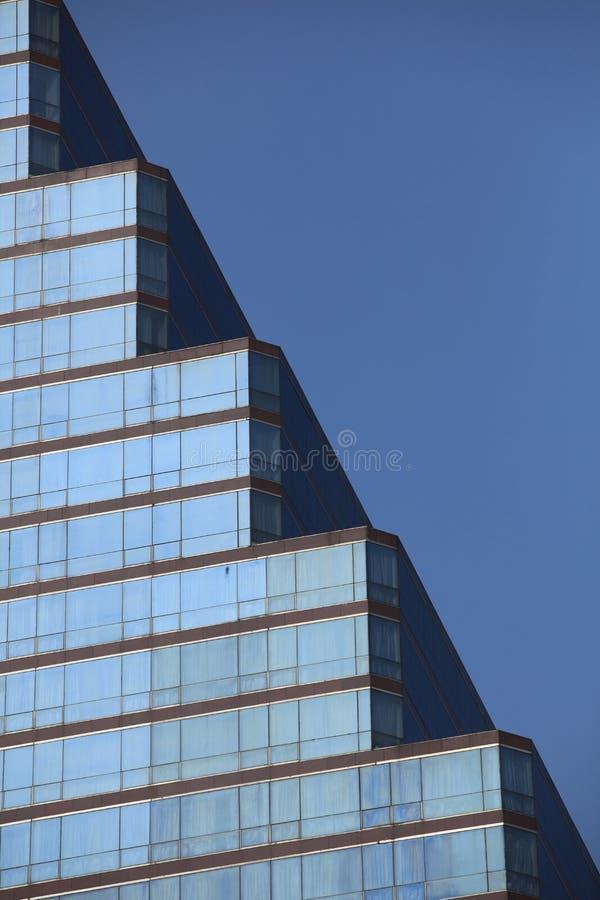 大厦几何scalpture  免版税图库摄影