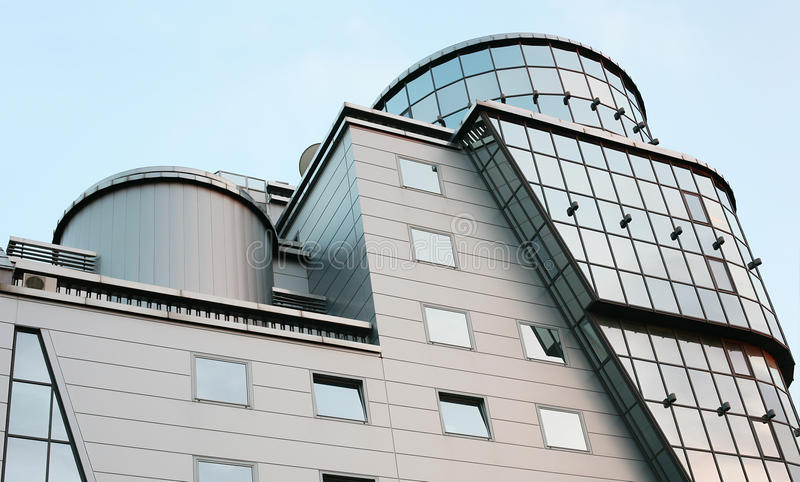 Download 大厦办公室 库存图片. 图片 包括有 发光, 反映, 办公室, 天空, 蓝色, 拱道, 玻璃, 现代, 未来派 - 15680603
