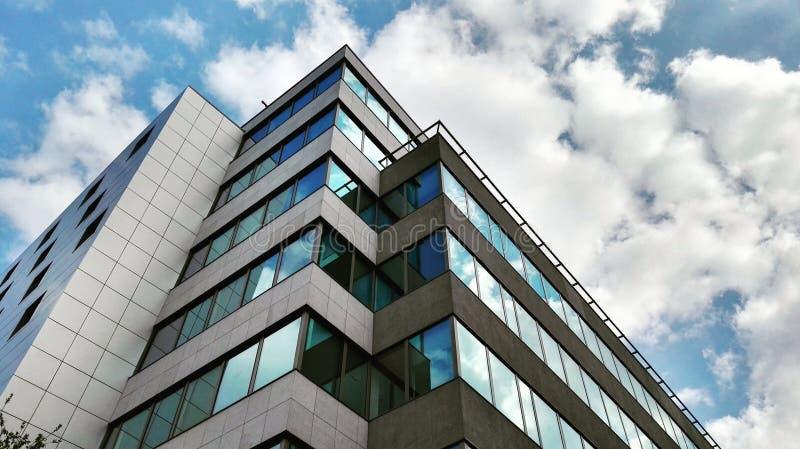 大厦在布拉格& x28的中心; Flora& x29; 免版税库存图片