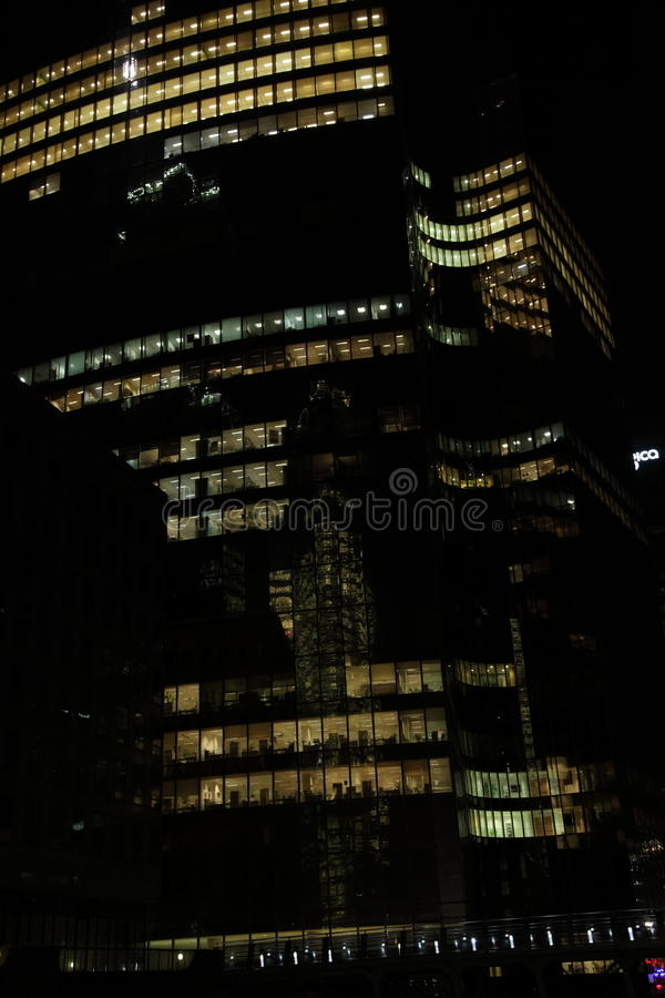 大厦在晚上   库存图片
