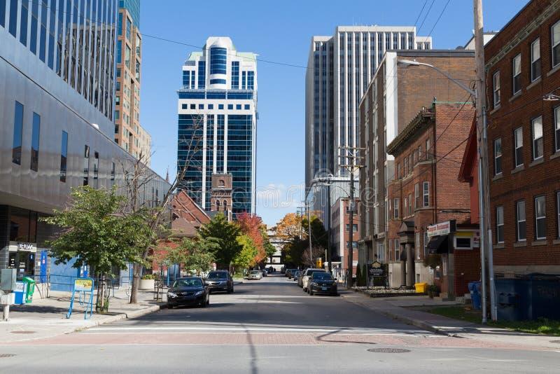 大厦在街市渥太华 免版税库存照片