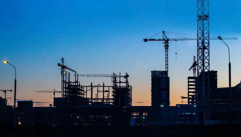 大厦抬头站点 免版税库存图片