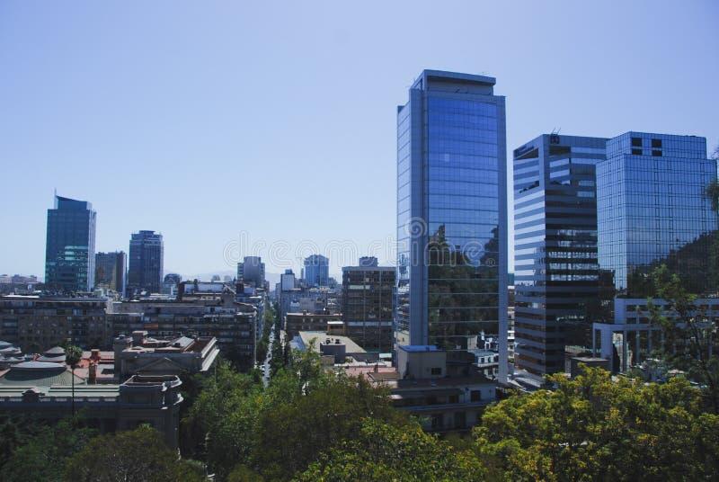 大厦智利de现代圣地亚哥 库存照片