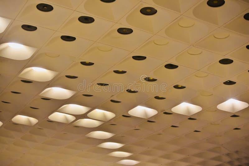大厦独特的照片的时髦的现代建筑室内设计 库存图片