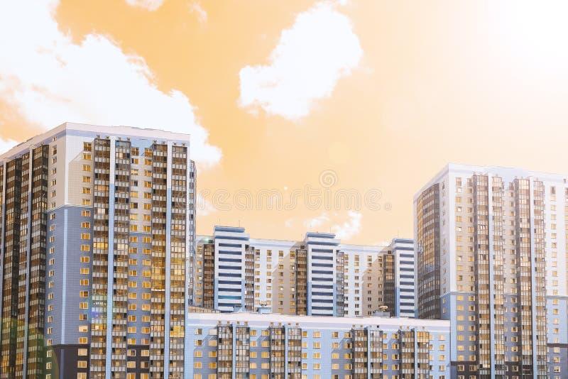大厦的都市风景门面 超现实的被设色的图片 库存图片