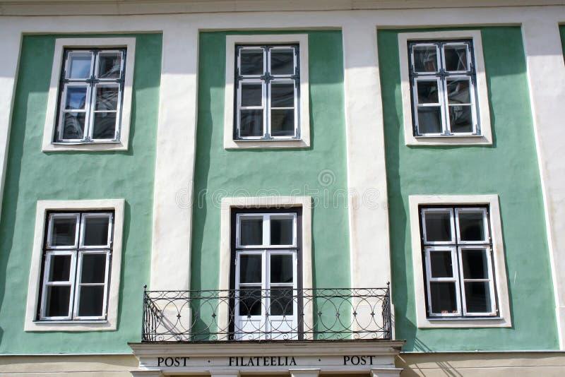 大厦的门面塔林老镇  免版税库存照片