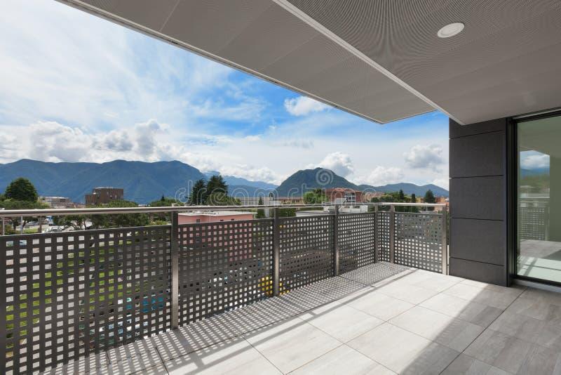 大厦的阳台 免版税图库摄影