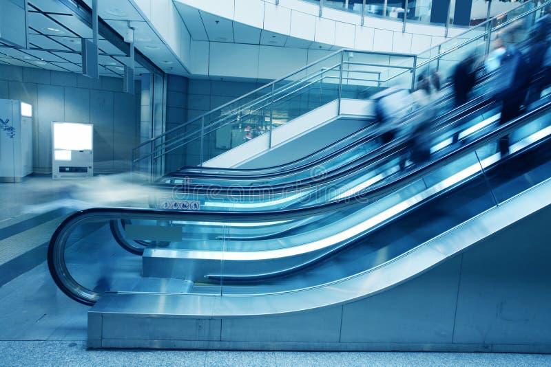 大厦自动扶梯办公室 图库摄影