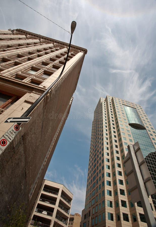 大厦街市新的老温尼培 免版税库存照片
