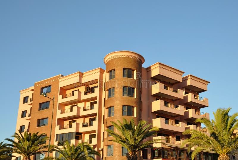大厦马拉喀什现代都市 免版税库存照片