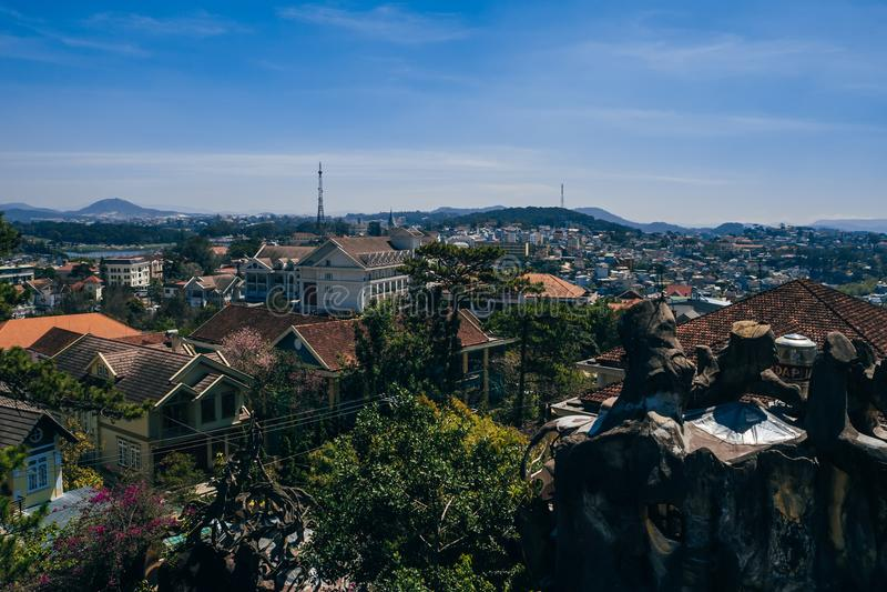 大叻市,越南- 2017年3月9日:大叻市的看法在越南 库存图片