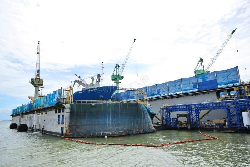 大商务运送入浮动修理船坞 造船厂c 免版税库存图片