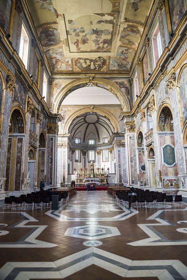 大圣保禄教堂大教堂内部在那不勒斯,意大利 库存照片