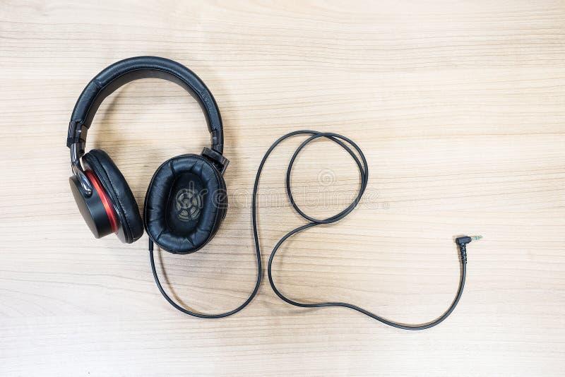 大型耳机 免版税库存图片