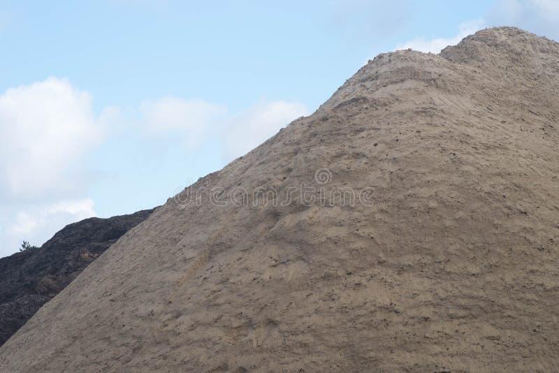 大堆土壤 免版税库存照片