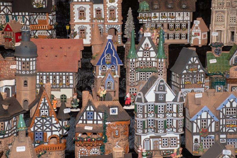 大小组德国样式的式样房子待售 免版税图库摄影