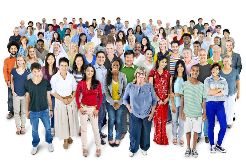 大小组不同种族的世界人民 免版税库存照片