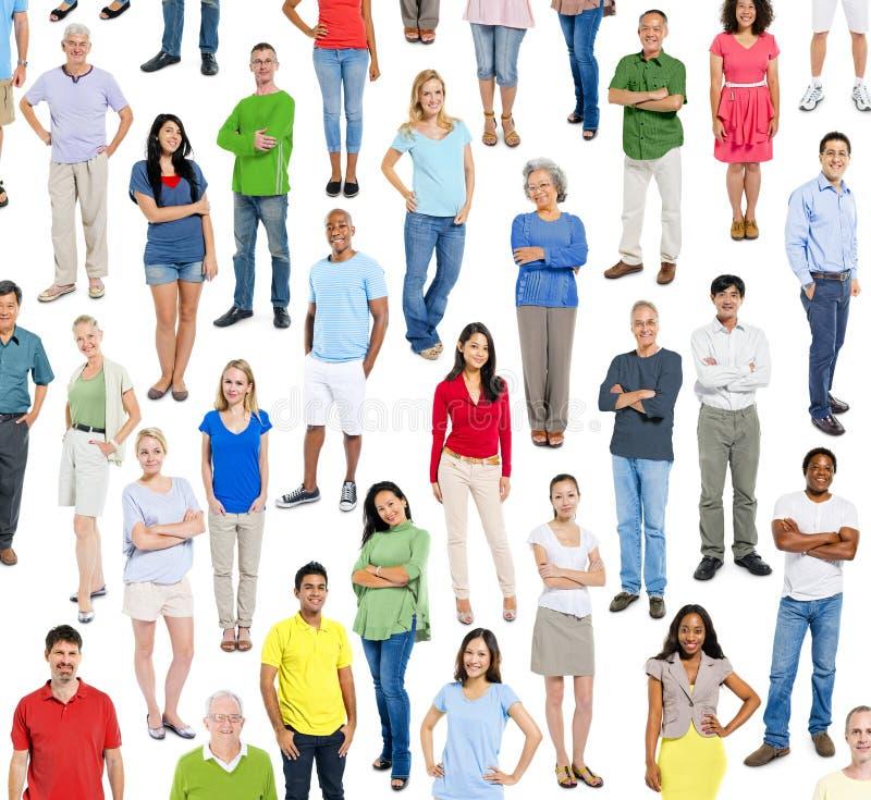 大小组不同种族的人民 免版税库存照片