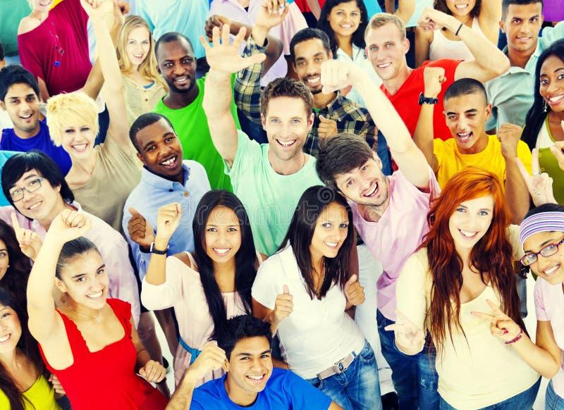 大小组国际学生微笑 免版税库存照片