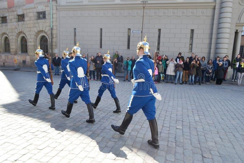 大小组赛跑者在斯德哥尔摩 库存图片