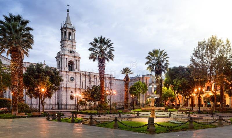 大广场和大教堂教会在秘鲁 免版税库存图片