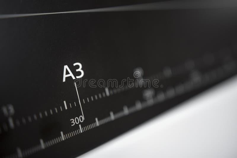 大打印机格式喷墨打印机ruller 免版税图库摄影