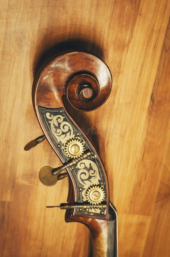 大提琴详述经典乐器 免版税库存照片