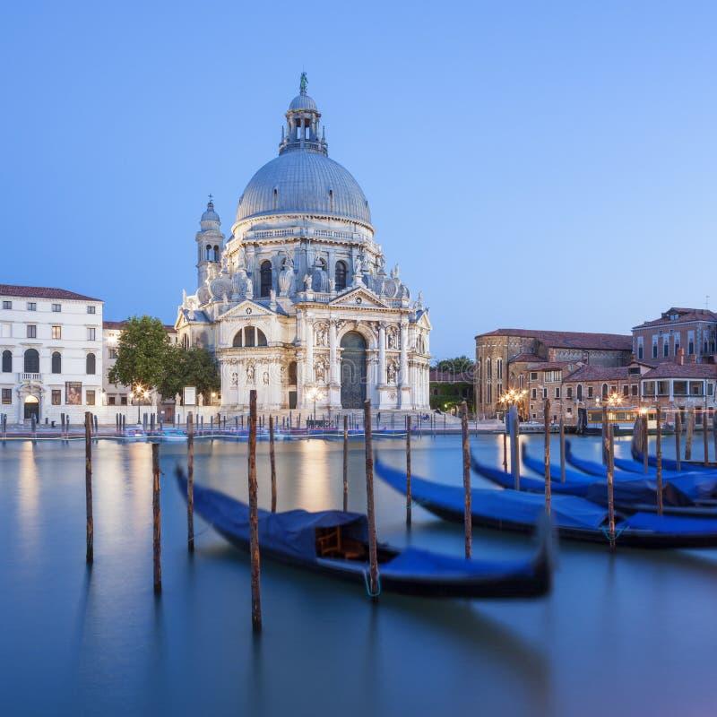 大教堂二圣玛丽亚della致敬和长平底船 库存照片