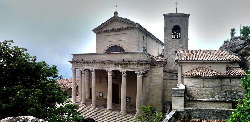 大教堂二圣马力诺 库存图片