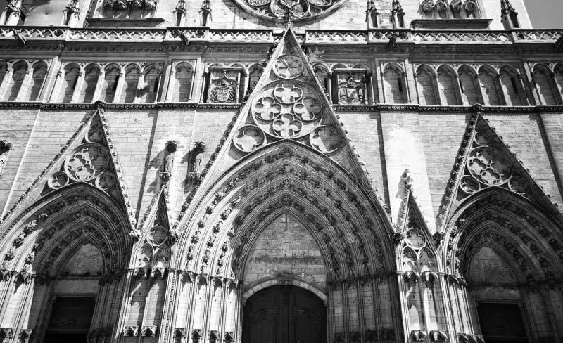 大教堂利昂贵妇人notre 免版税库存图片