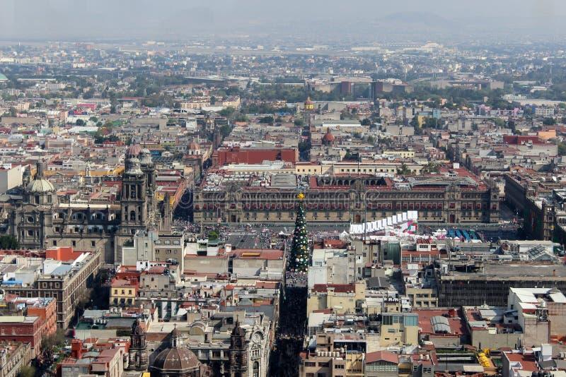 大教堂和Zocalo在墨西哥城 库存图片
