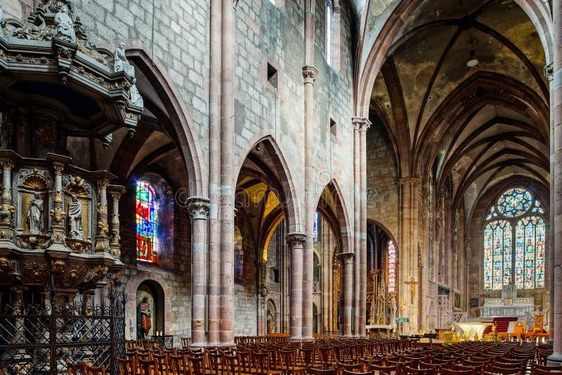 大教堂圣徒乔治在Selestat,庄严内部 库存图片