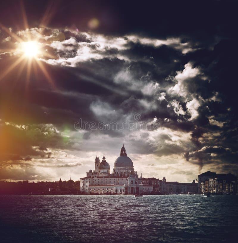 大教堂圣玛丽亚della致敬艺术性的看法  库存图片