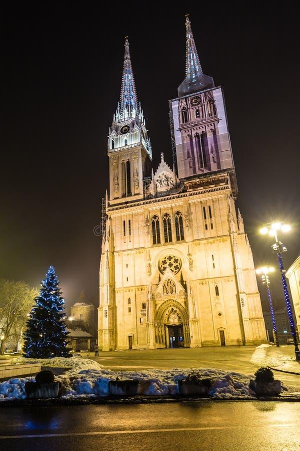 大教堂在晚上-萨格勒布,克罗地亚,欧洲 免版税库存图片