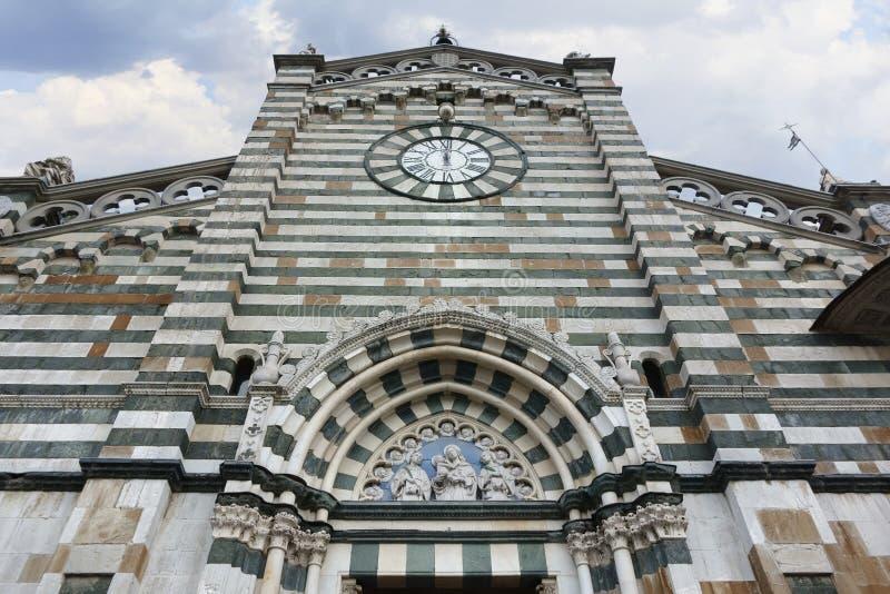 大教堂在普拉托,意大利 图库摄影