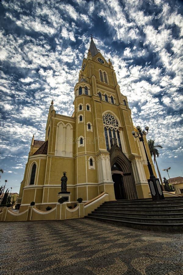 大教堂城市圣丽塔做Passa Quatro, São保罗,巴西-教会城市圣丽塔做Passa Quatro, São保罗,巴西 免版税图库摄影