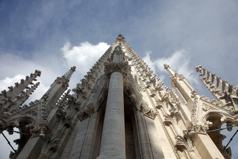 大教堂塔萨格勒布 免版税库存照片