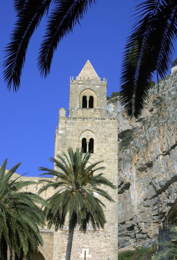 大教堂塔, Cefalu 免版税图库摄影