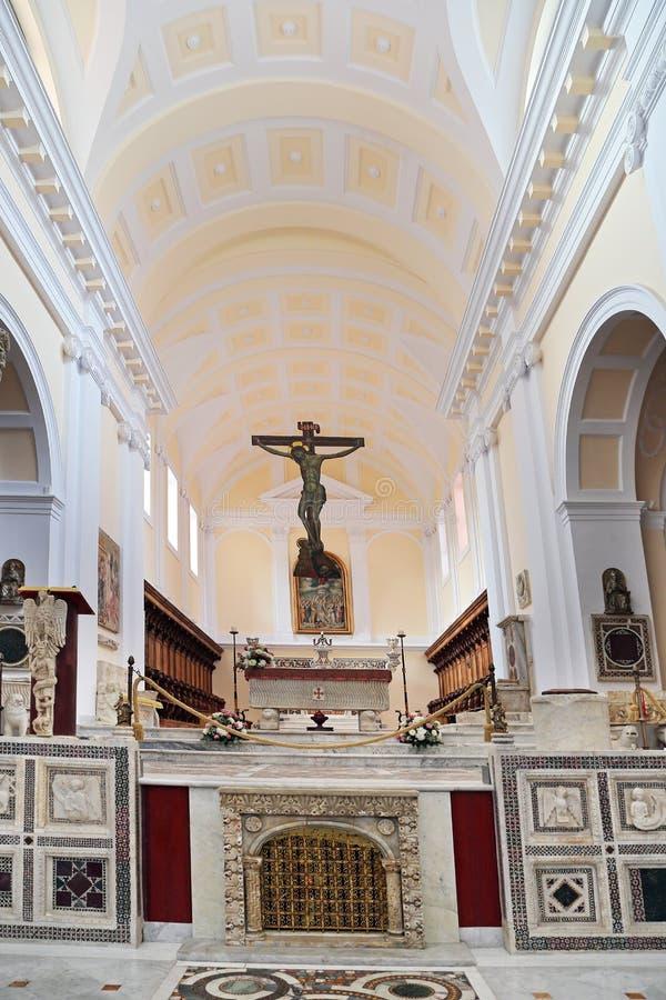 大教堂塔Nicola在诺曼底样式的DI安吉洛, 加埃塔,意大利 免版税库存照片
