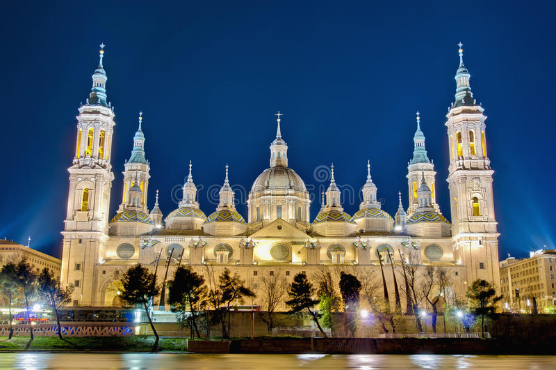 大教堂夫人我们的柱子西班牙萨瓦格萨 库存图片